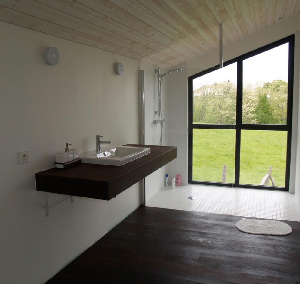 Magnifique maison Contemporaine pays basquesalle de bain de luxe