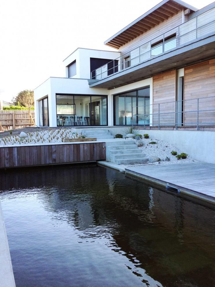 Sompteuse villa entre mer et golf